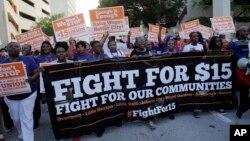 Marchas en diferentes estados piden un aumento del salario mínimo en Estados Unidos.