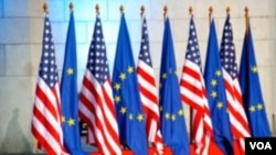 EU-US flags