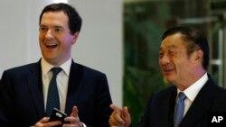 Bộ trưởng Tài chính Anh George Osborne tại Trung Quốc, ngày 16/10/2013.