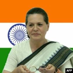 Sonya Gandi, italyan, lekin o'zini Hindistonning fidoiy fuqarosi deb ataydi