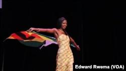 Yolanda Grace Yona, jovem africana residente nos Estados Unidos.