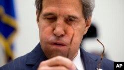 El secretario de Estado, John Kerry, testifica en el Capitolio sobre Siria.