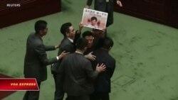 Hội đồng lập pháp Hong Kong trở thành 'trận địa' phản kháng
