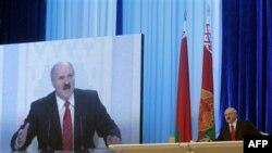 BE mund të pezullojë vizat për zyrtarët bjellorusë
