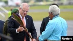 澳大利亞總理莫里森2019年1月16日抵達瓦努阿圖訪問(路透社)