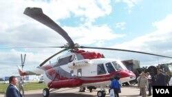 去年夏季莫斯科航展上的米-171A2直升机。(美国之音白桦拍摄)