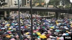 香港民陣估計6-9反送中大遊行的人數超過2003年7-1大遊行的50萬人。(美國之音湯惠芸拍攝)