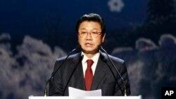 Ông Kim Jin-sun, chủ tịch ủy ban tổ chức Olympic, vừa mới từ chức