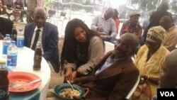 UNkosikazi Tsvangirai labanye asebekhulile.