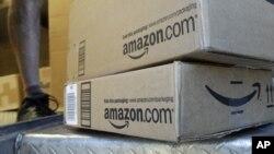 """Amazon.com Inc mengirimkan satu miliar item tanpa biaya pengiriman melalui keanggotaan """"Prime"""" di Amerika Serikat selama musim belanja Natal (foto: ilustrasi)."""