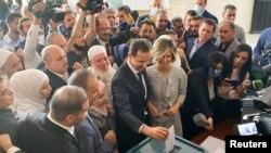 Predsjednik Sirije Bašar el Asad glasa na izborima