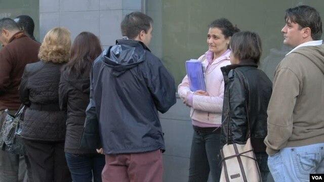Stopa nezaposlenosti u Španiji iznosi 25 odsto, a nezaposlenost medju mladjim Špancima se bliži cifri od 60%.