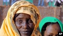 South Darfur women in the new village of Murai Janga.
