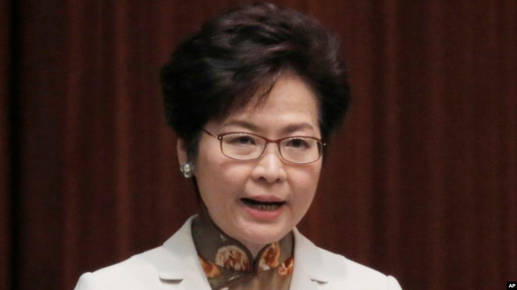香港特首林郑月娥拒绝解释不向英国记者续发工作签证的原因
