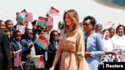 Melania Trump akigera muri Malawi