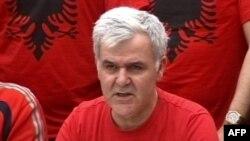 Shqipëri, grevistët i dërgojnë peticion përfaqësuesve diplomatikë perëndimorë