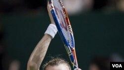 Petra Kvitova, petenis kidal Ceko, akan berlaga di final WTA memperebutkan peringkat dua dunia (27/10).