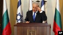 El primer ministro israelí Benjamin Netanyahu habla durante una conferencia conjunta con su contraparte búlgara Boyko Borissov (no aparece en la foto), la mañana del martes 11 de septiembre de 2012.