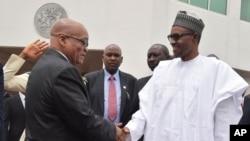 Shugaba Buhari da takwaran aikins a na Afirka ta kudu Jacob Zuma.