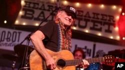 La carrera musical de Willie Nelson se ha extendido durante seis décadas.