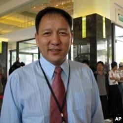 西藏宗教基金会董事长达瓦次仁(资料照片)