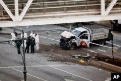 خودرویی که عامل حمله از آن استفاده کرد.