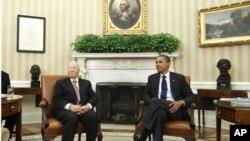 美国总统奥巴马2011年10月7日在白宫会晤时任突尼斯总理的埃塞卜西总统 (档案照片)