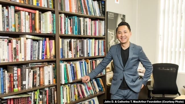 Tác giả - giáo sư Việt Thanh Nguyễn