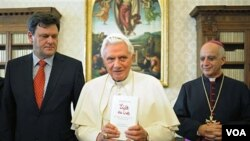 Benedicto XVI quiso lanzar también un llamamiento a rechazar con firmeza la impunidad.