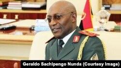 Le général Geraldo Sachipengo Nunda, ancien chef d'état-major de l'armée angolaise, sur une photo publiée le 31 juillet 2018. (Facebook/ Geraldo Sachipengo Nunda)