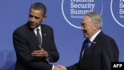 Президент США Барак Обама и президент Казахстана Нурсултан Назарбаев на встрече в апреле 2010 г.