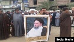 معترضان در مقابل کنسولگری ایران در شهر کربلا در عراق تجمع کردند
