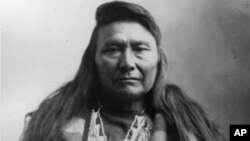 Hin-mah-too-yah-lat-kekt, also known as Chief Joseph the Younger