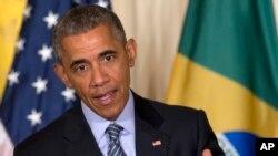 Tổng thống Obama đề cập đến tình trạng nợ nần của Hy Lạp trong cuộc họp báo chung với Tổng thống Brazil Dilma Rousseff tại phòng Đông Tòa Bạch Ốc, ngày 30/6/2015.