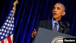 바락 오바마 미국 대통령이 8일 라오스 수도 비젠티안에서 방문 결산 기자회견을 진행하고 있다.