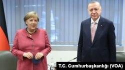 Almanya Başbakanı Angela Merkel ve Cumhurbaşkanı Recep Tayyip Erdoğan