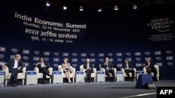 Các đại biểu dự phiên bế mạc hội nghị thượng đỉnh kinh té Ấn Ðộ ở thành phố Mumbai