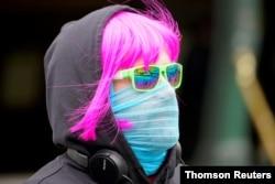 سکارف یا کپٹرا بھی ماسک کا کام دے سکتا ہے۔