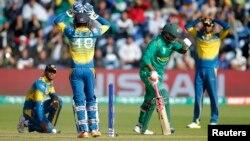 پاکستان اور سری لنکا کے درمیان تین ٹی ٹوئںٹی میچز 27 ستمبر سے 2 اکتوبر تک کراچی میں کھیلے جائیں گے۔ (فائل فوٹو)