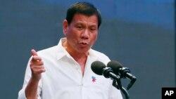 """Tổng thống Philippines Duterte cho biết ông không muốn bất cứ sự """"áp đặt cứng nhắc nào"""" về vấn đề Biển Đông."""