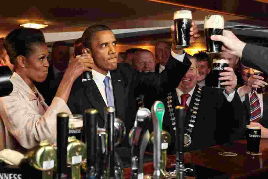 اراک اوباما، رییس جمهوری ایالات متحده، سفر شش روزه خود به اروپا را از روز دوشنبه و در بازدید از ایرلند آغاز کرده است.