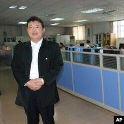 张文益认为,提高员工福利可以稳定员工技术。