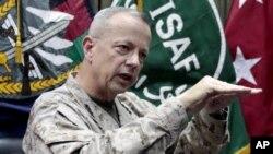 Tư lệnh các lực lượng Hoa Kỳ tại Afghanistan, Tướng John Allen.