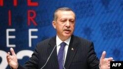 Թուրքիայի վարչապետը ներկայացրել է նախարարությունները վերակազմակերպելու ծրագրերը