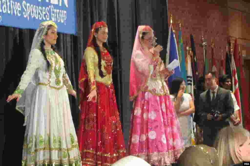 Azerbaijani National Costume Presenters