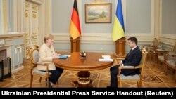 Канцлерка Німеччини Ангела Меркель та Президент України Володимир Зеленський