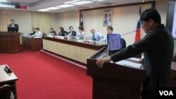中國居住證議題成為10月8號台灣立法院內政委員會質詢的焦點