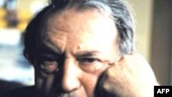 Василий Аксенов называл себя антисоветским российским писателем