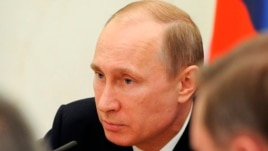 """Putin: Interneti """"i lidhur"""" me CIA-n"""
