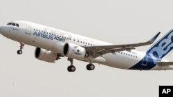 Pesawat A320neos produksi Airbus (foto: ilustrasi).